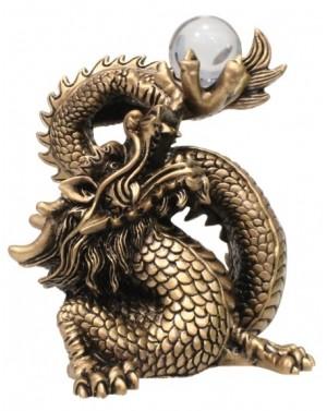 Dragon en résine  dorée avec boule 15cm